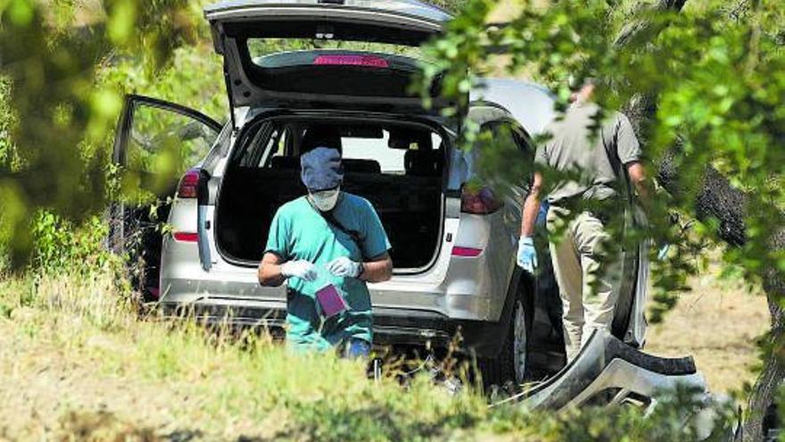 Un hombre mata a su esposa y se suicida ante su hija de 2 años en Barcelona