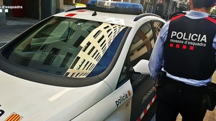 Alerten d'un possible segrest, aturen el cotxe a Agullana i descobreixen que el sisè ocupant viatjava al maleter