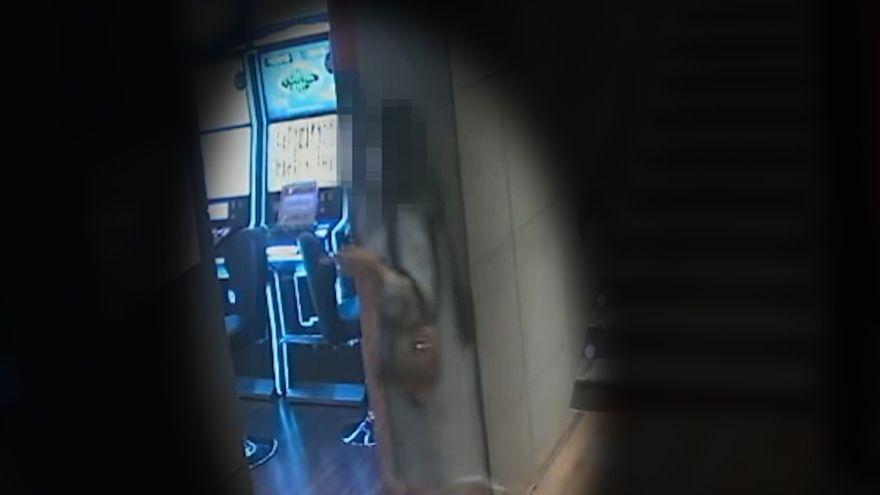Una mujer simula un secuestro para que el marido pague 6.000 euros de rescate y gastárselos en un bingo