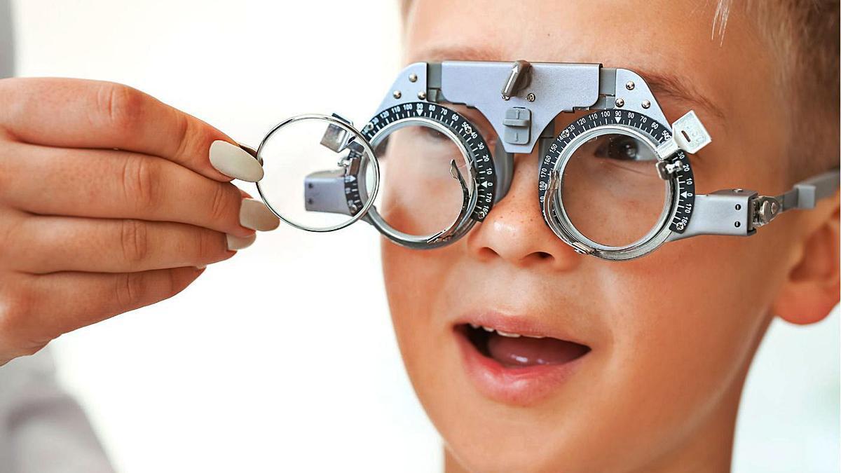 El tractament de la miopia és molt important durant l'etapa escolar   OPTIPUNT