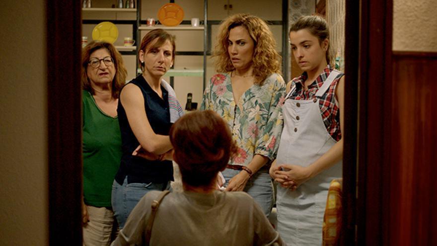 'Señoras del (h)AMPA' regresa a Telecinco y 'Mujer' emitirá un devastador suceso