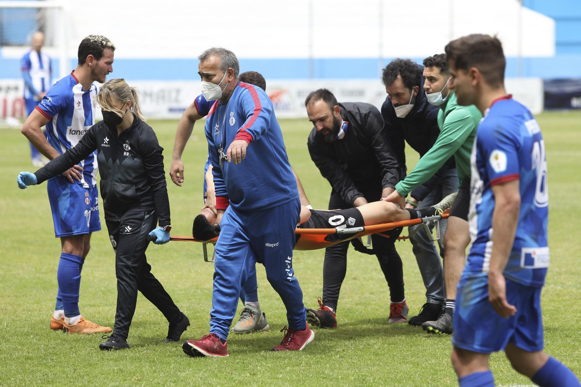 El Suárez Puerta se queda helado con la grave lesión de Cristian, jugador del Caudal