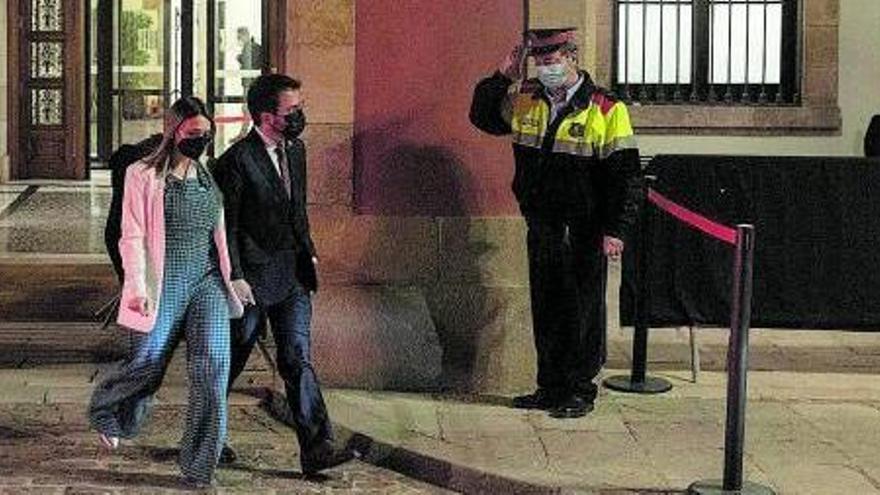 Junts no descarta ara investir Pere Aragonès i anar a l'oposició