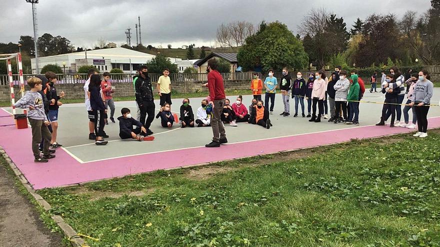 Noreña mejora el vallado del colegio público de la Villa, muy deteriorado
