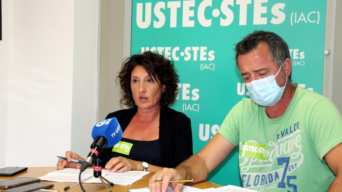 Pla general de la roda de premsa d'UTEC-STEs valorant l'inici de curs a les comarques gironines