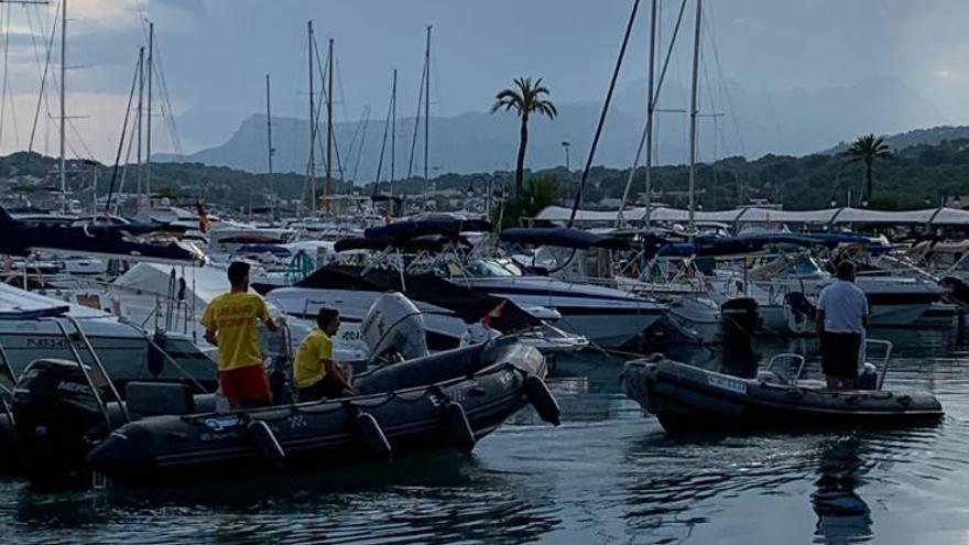 Rescatadores rescatados: remolcan a los socorristas de Moraira