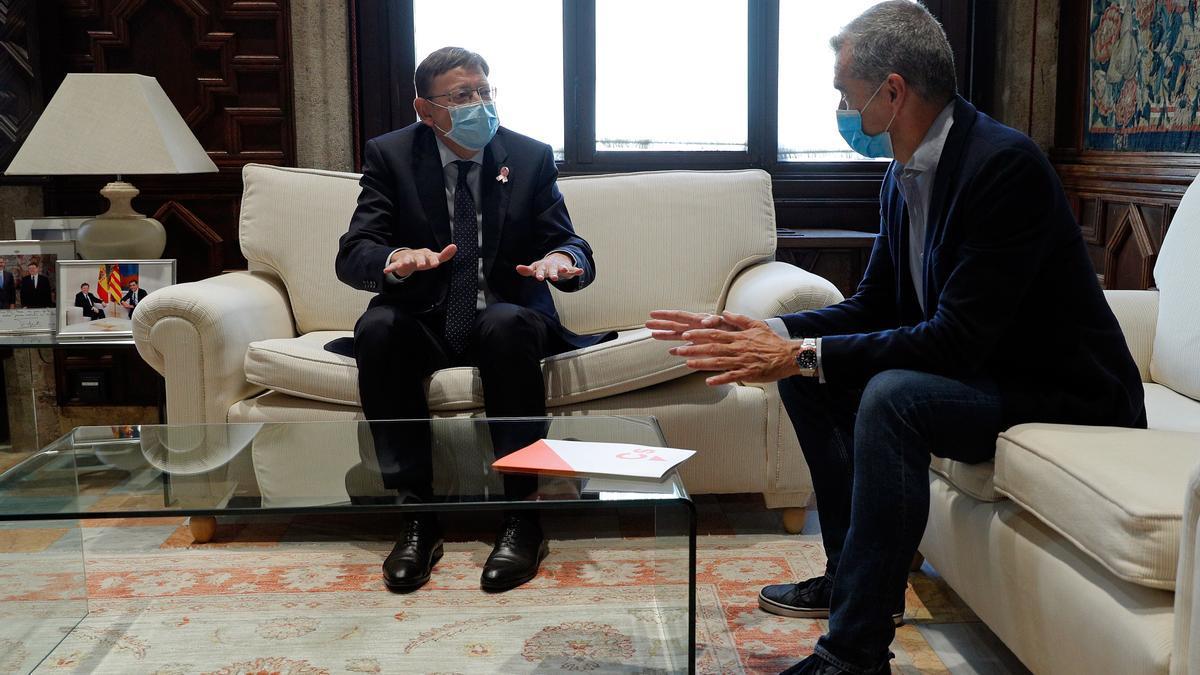 El presidente de la Generalitat, Ximo Puig, y el síndic de Ciudadanos, Toni Cantó, se reúnen para negociar los presupuestos.