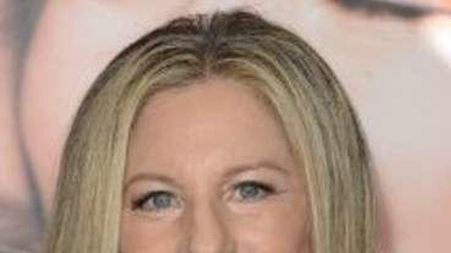 """Barbra Streisand asegura haber """"clonado"""" a su perra antes de morir"""