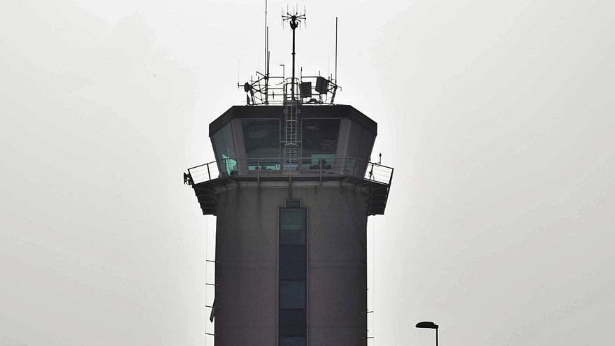 Aena ultima el plan de obras de Alvedro tras diez años, pero con el aeropuerto en caída por el COVID