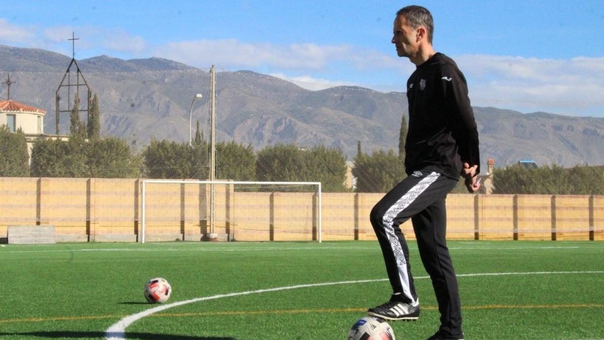 Fran Alcoy y Antonio Calle, los últimos relevos en un Grupo 4 con cuatro cambios de entrenador