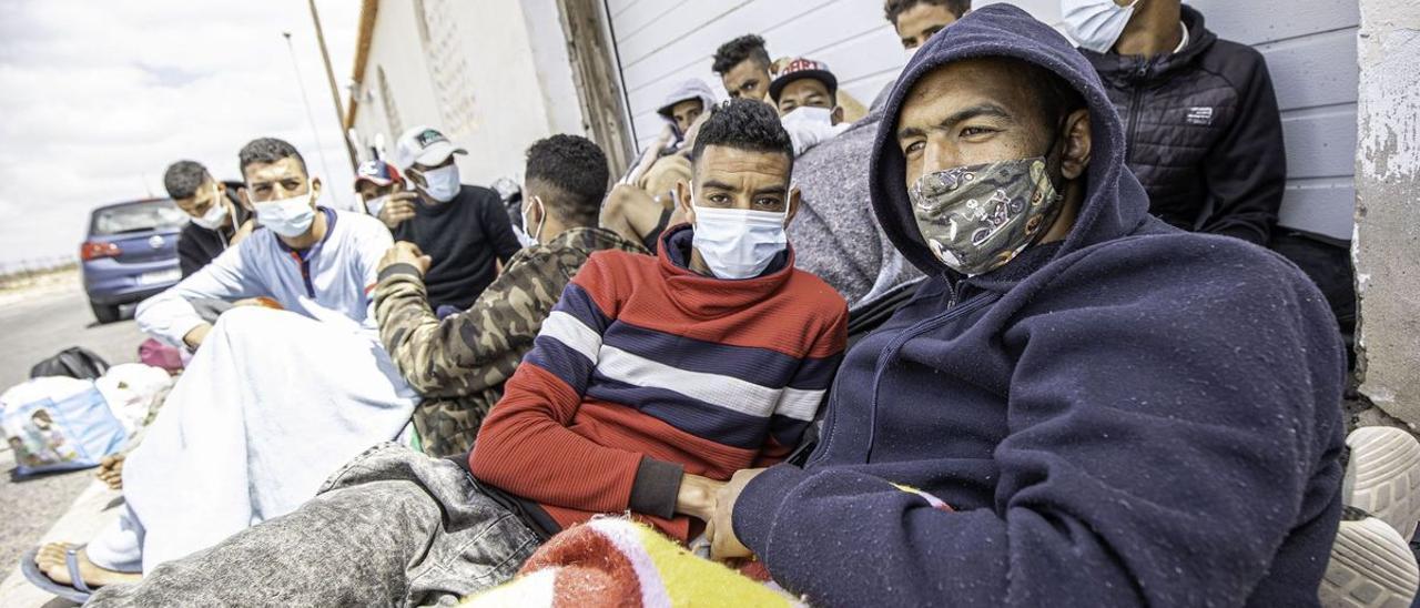 El Gobierno de Canarias insiste a la Fiscalía para que agilice el decreto que determine la edad de migrantes en centros de menores