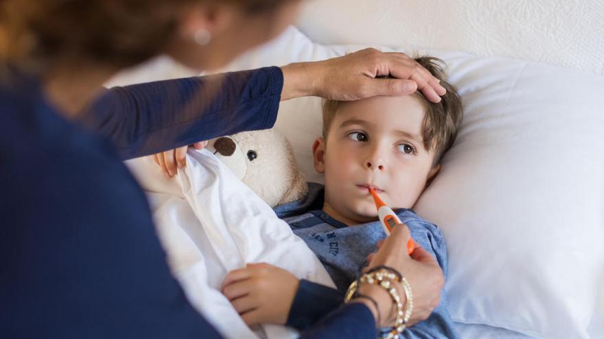 Pautas básicas que debes seguir si tu hijo tiene fiebre