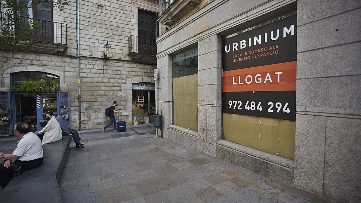 Un local llogat per Urbinium, a la plaça del Vi de Girona.