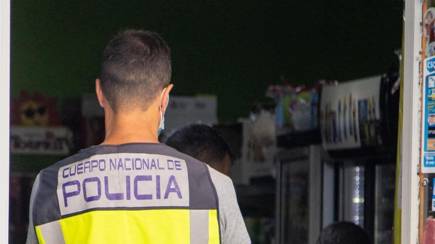 La Policía Nacional realiza una redada en Caravaca en busca de situaciones irregulares