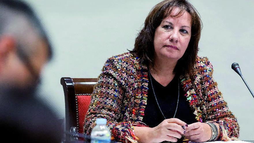 Denuncian ante la Fiscalía que más de 350 profesores realizan tareas administrativas en el Gobierno