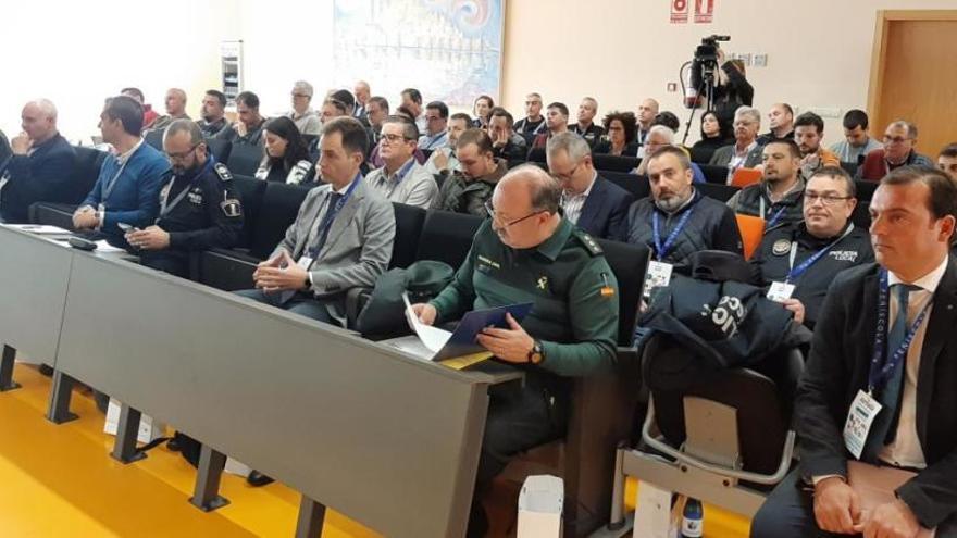 Frente común en Peñíscola para pedir mano dura legal contra el 'top manta'