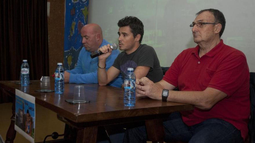 Gómez Noya mira al futuro con ilusión y reaparecerá en Abu Dabi