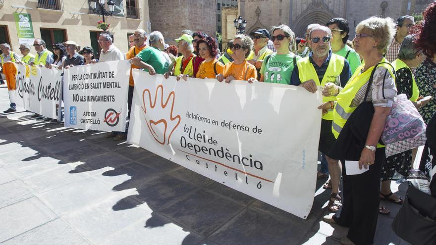 Los dependientes reconocidos sin ayudas continúan al alza en Castelló