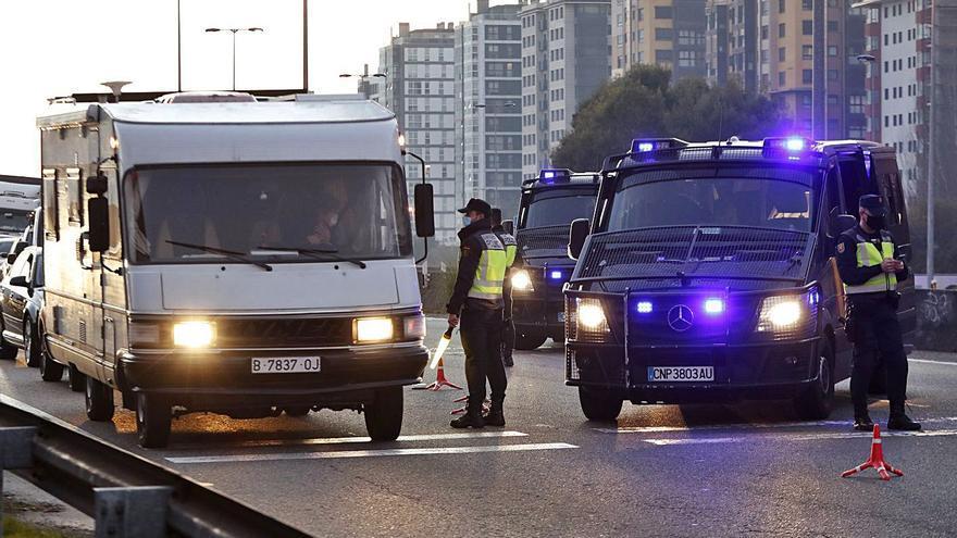 Los controles policiales por el COVID disparan las detenciones de fugados de la justicia