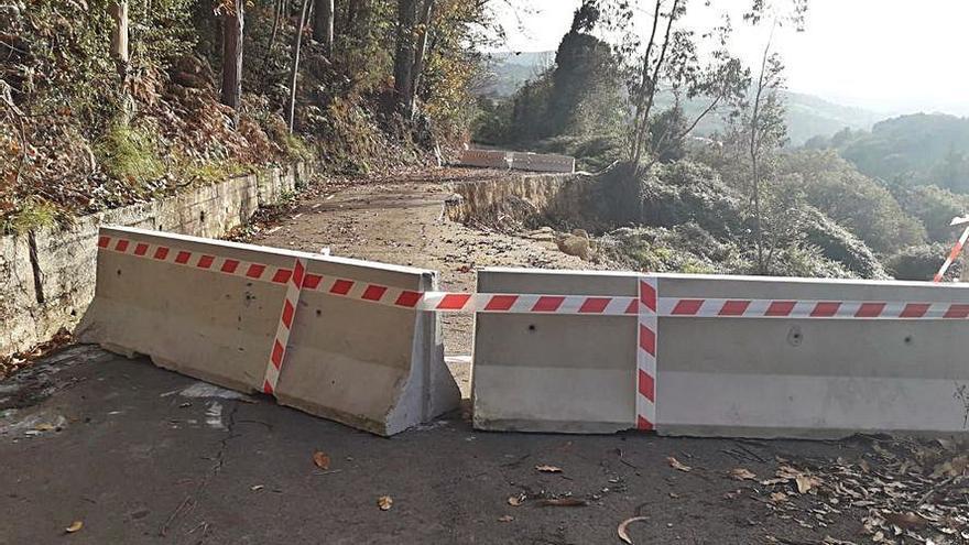Urgen al arreglo del argayo del camino Gamonal, en Cenero
