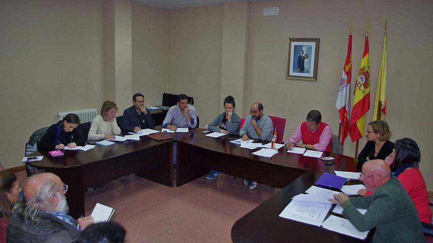 PP y Folgado airean su hostilidad en el Ayuntamiento de Fuentesaúco