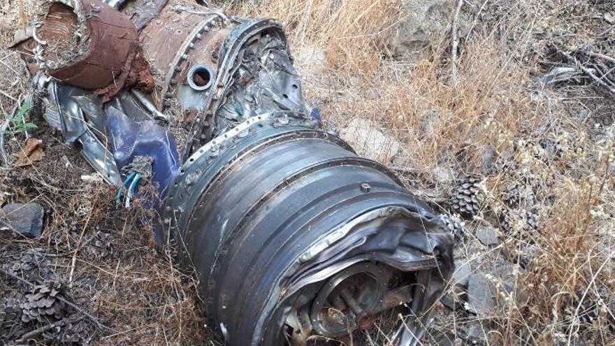 Un motor del avión cayó en San Mateo