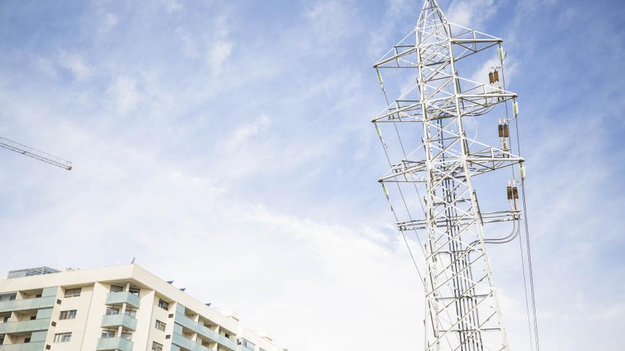 Los empresarios valencianos reclaman una solución urgente ante el alza de los costes energéticos