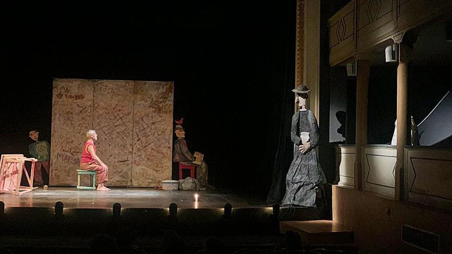 Los lobos conquistan el Teatro Latorre