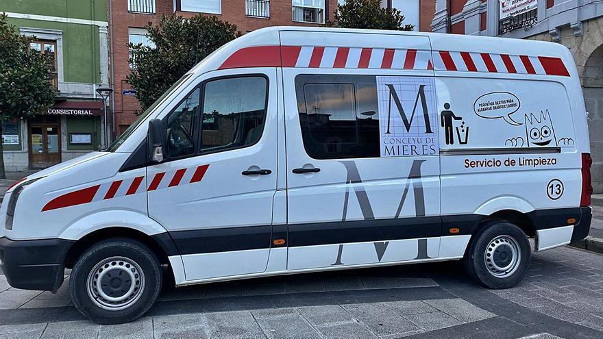 De ambulancia a vehículo de limpieza