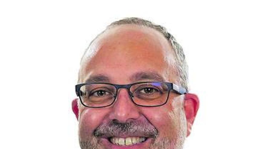 José Antonio Salinas: «En el cáncer infantil los síntomas pueden ser muy sutiles»