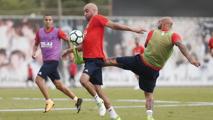 El club negocia con un equipo italiano la venta de Abdennour, casi sin cotización