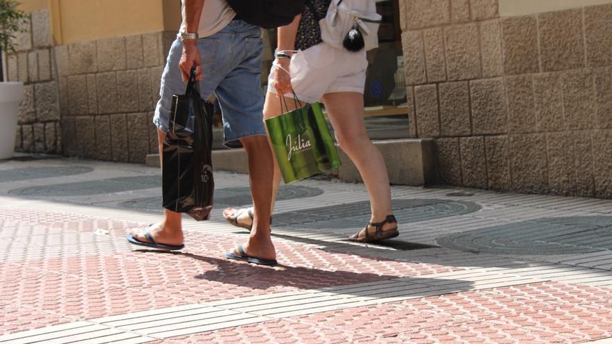Les botigues de Figueres obren fins a les 11 de la nit un dia a la setmana