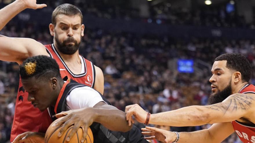 Ibaka y Gasol recuperan el pulso ganador de los Raptors