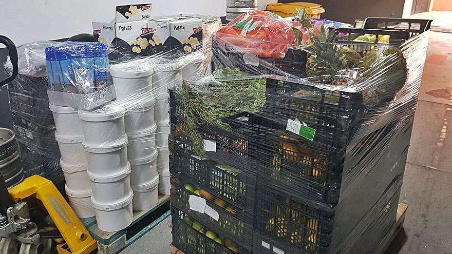 El Grupo El Fuerte dona a dos ONG 90 kilos de alimentos