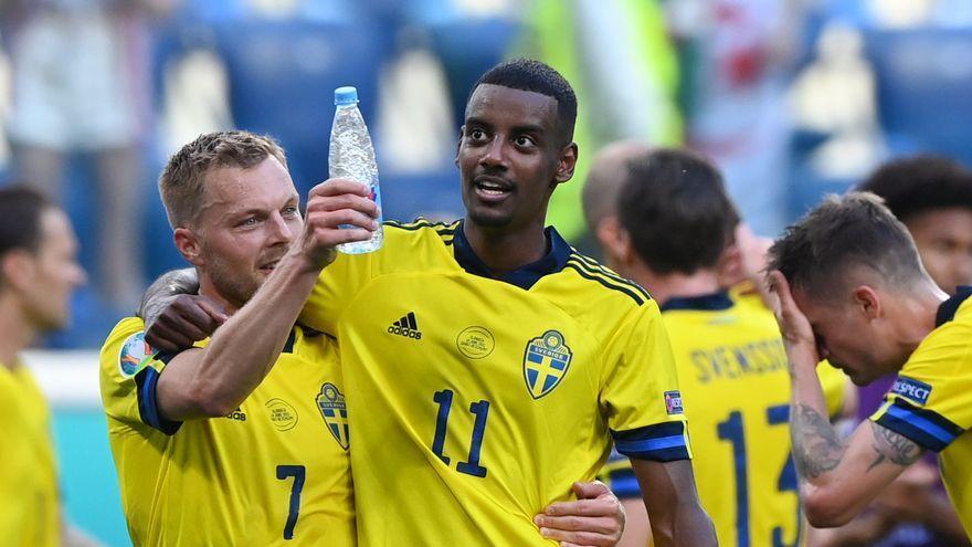 Suecia derriba la defensa eslovaca con un penalti y se acerca a los octavos