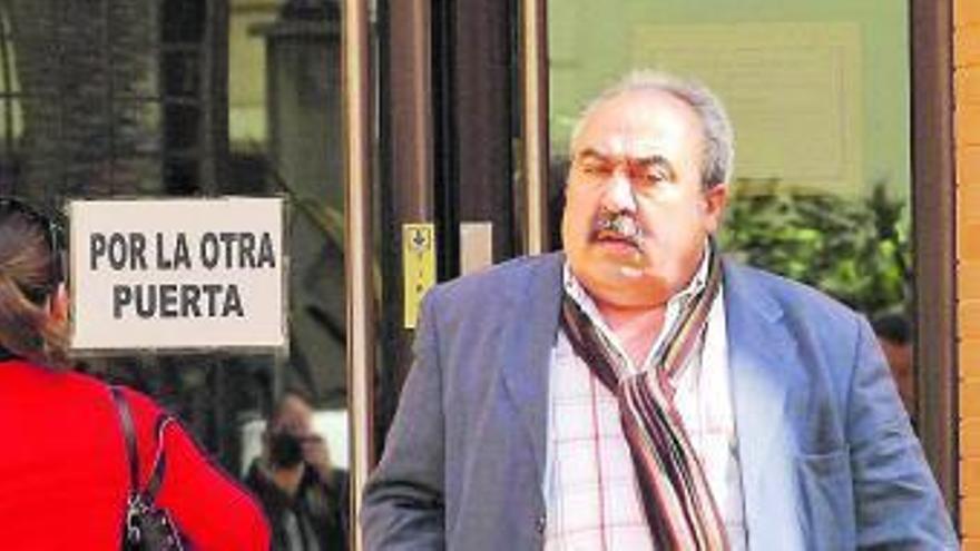Cuatro años y seis meses de prisión para el exalcalde José Joaquín Moya por malversación
