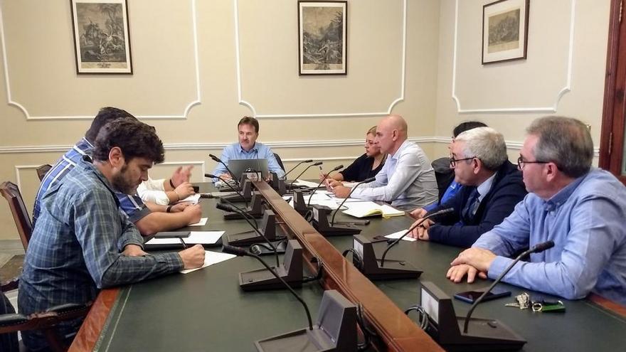 València introducirá en sus ordenanzas nuevas limitaciones a los VTC