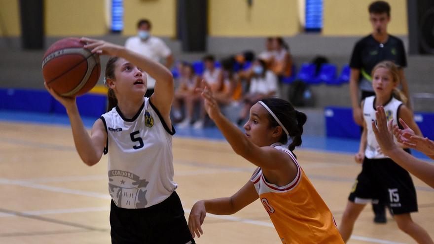 La Salle y El Carpio acogen dos torneos de baloncesto base de primer nivel