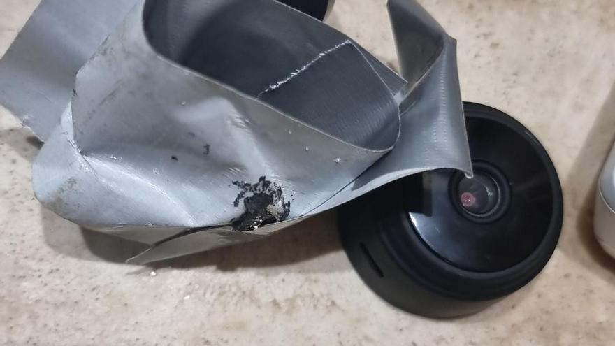 Detenido un hombre en Alicante por instalar una cámara espía en el cuarto de baño de su ex pareja