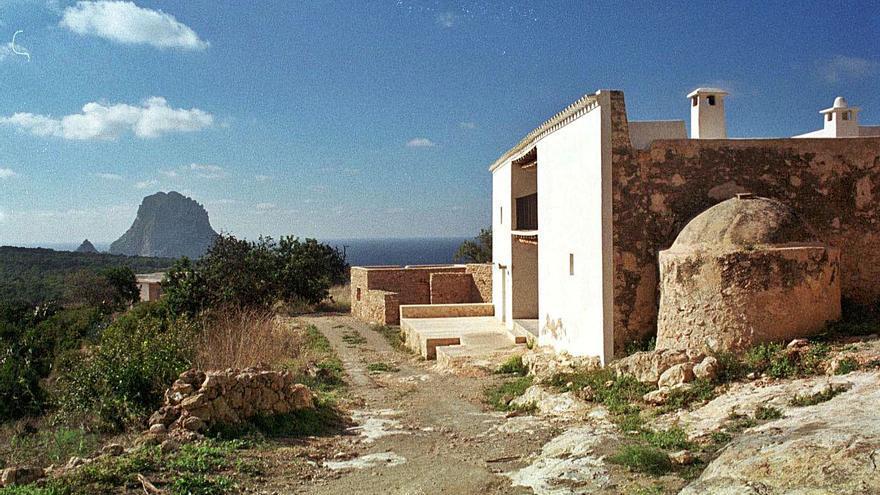 Medio Ambiente archiva la tramitación de una mansión de 800 m2 en Cala d'Hort