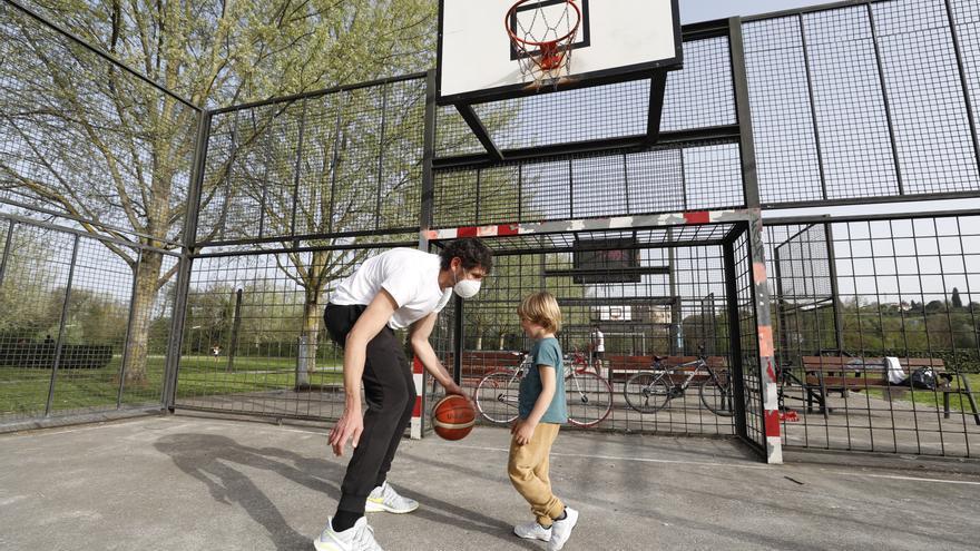 La increíble historia de un enamorado del baloncesto que se niega a dejar las canchas: Hasta que el cuerpo aguante