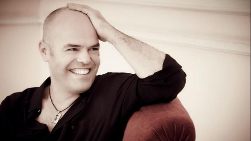 Jorge Robaina interpreta obras de Jerez, Mozart, Brahms, Debussy y Díaz-Jerez