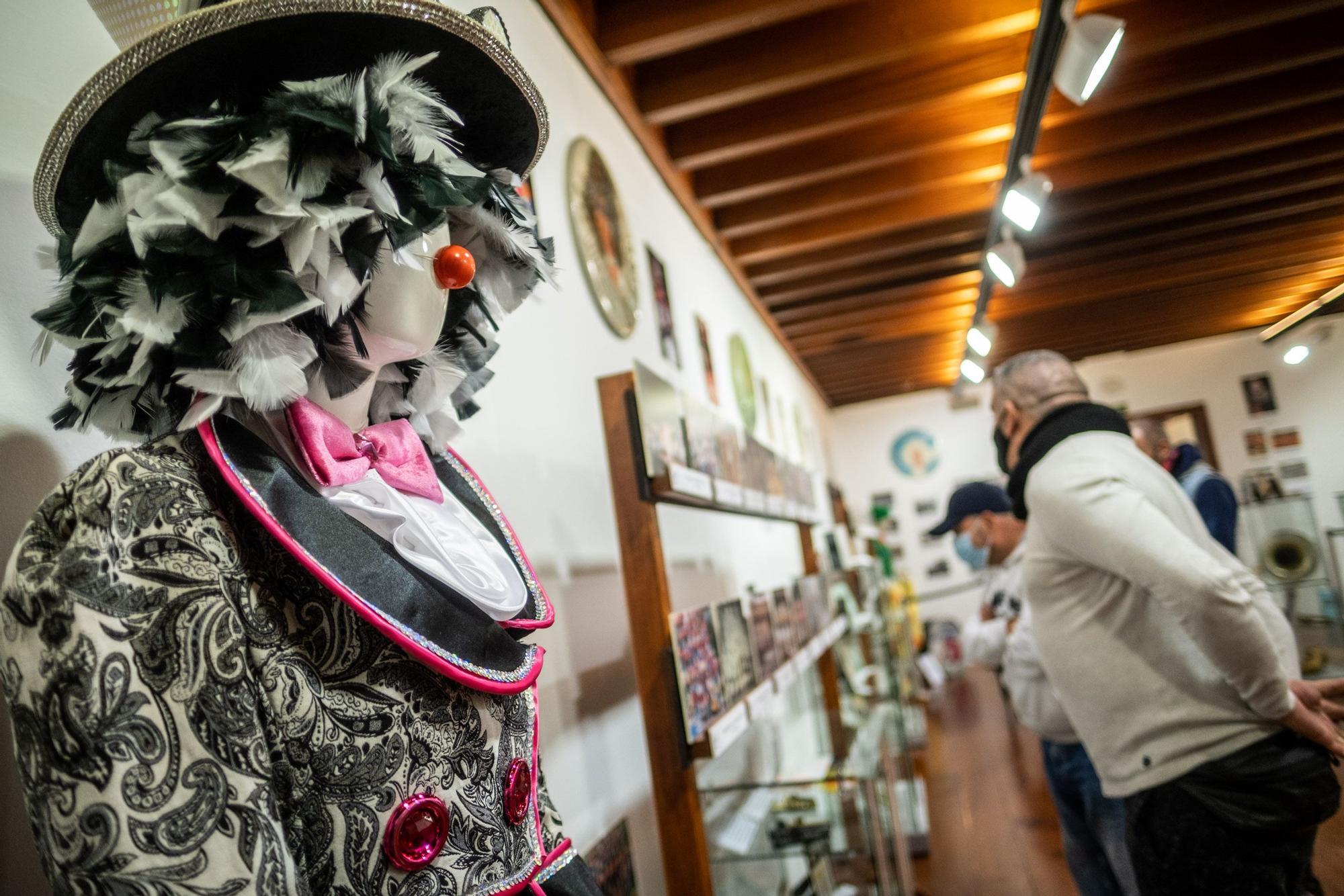 Exposición Dando La Murga en La Laguna