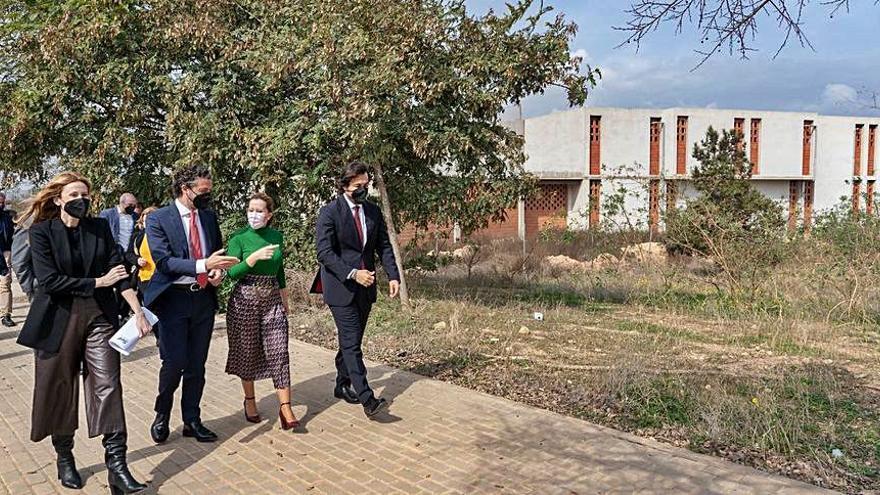 Visita a los terrenos donde se levantará el centro de FP industrial