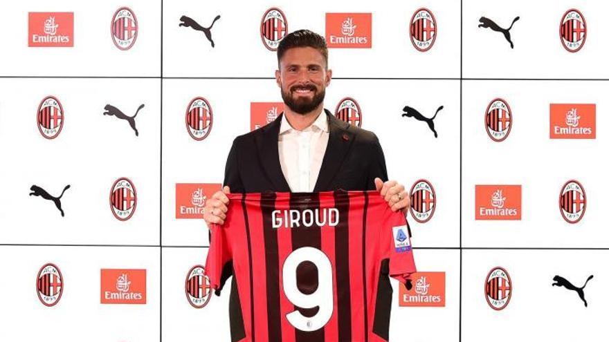 Los 23 jugadores del Milan que viajan al Naranja