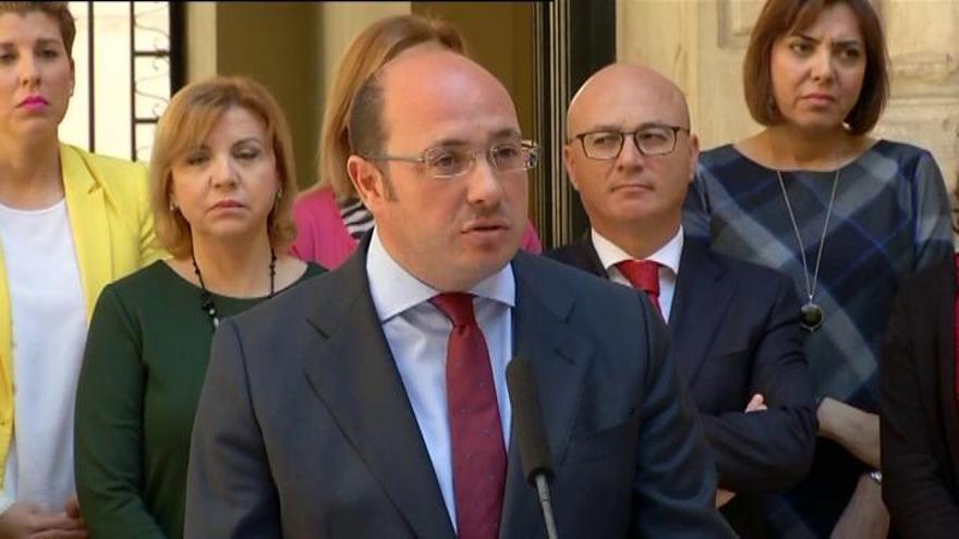 Sánchez propone a López Miras como su sucesor