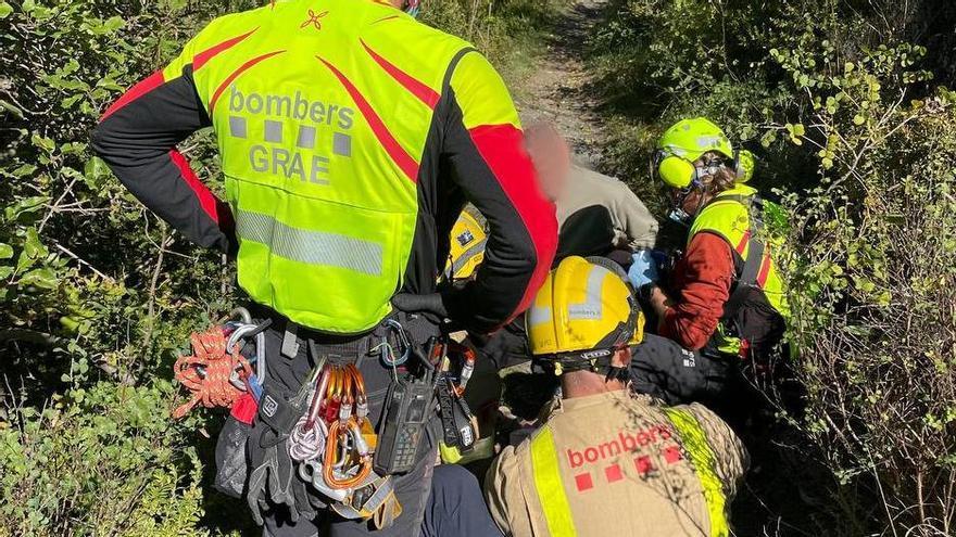 Els Bombers rescaten una excursionista ferida a Isòvol