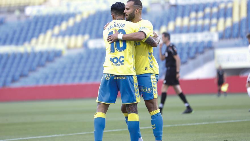 La UD Las Palmas gana al descendido Albacete (3-2)
