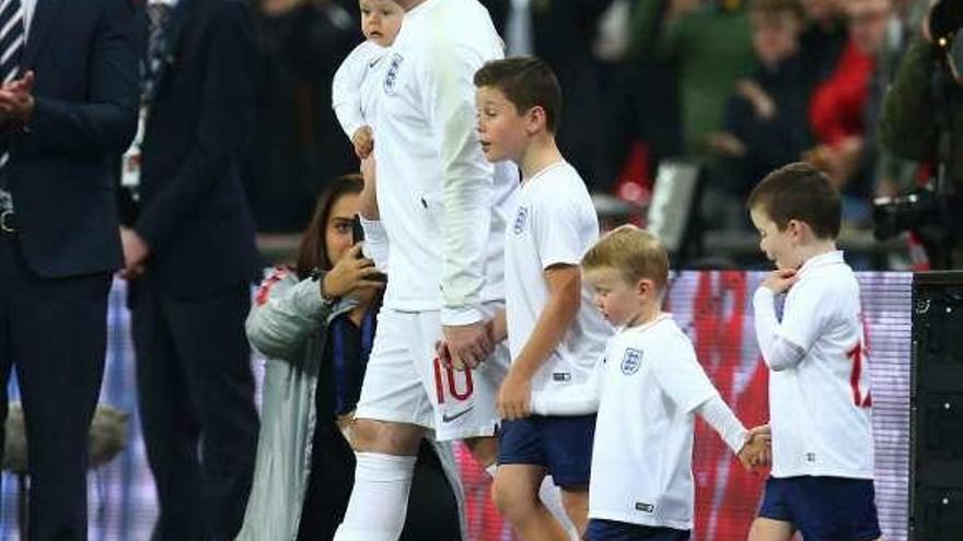 Inglaterra despide con honores a Rooney