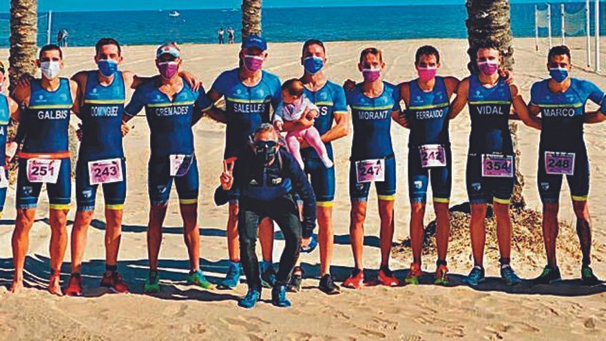 El Triatló Gandia masculino asciende como campeón y las chicas siguen en la élite